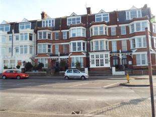 1 Bedroom Flat for sale in Eastern Esplanade, Cliftonville, Margate, Kent