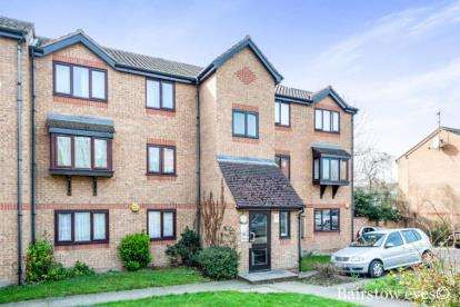 1 Bedroom Flat for sale in Wingrove Drive, Purfleet, Essex