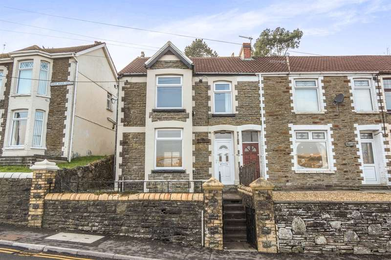 3 Bedrooms Semi Detached House for sale in Farm Road, Pontlottyn, Bargoed