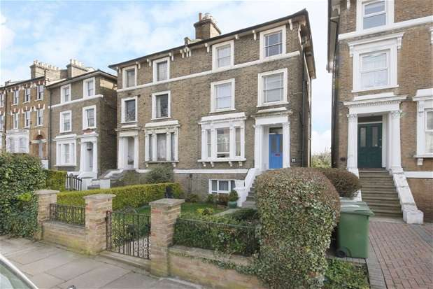 2 Bedrooms Maisonette Flat for sale in Devonshire Road, Forest Hill