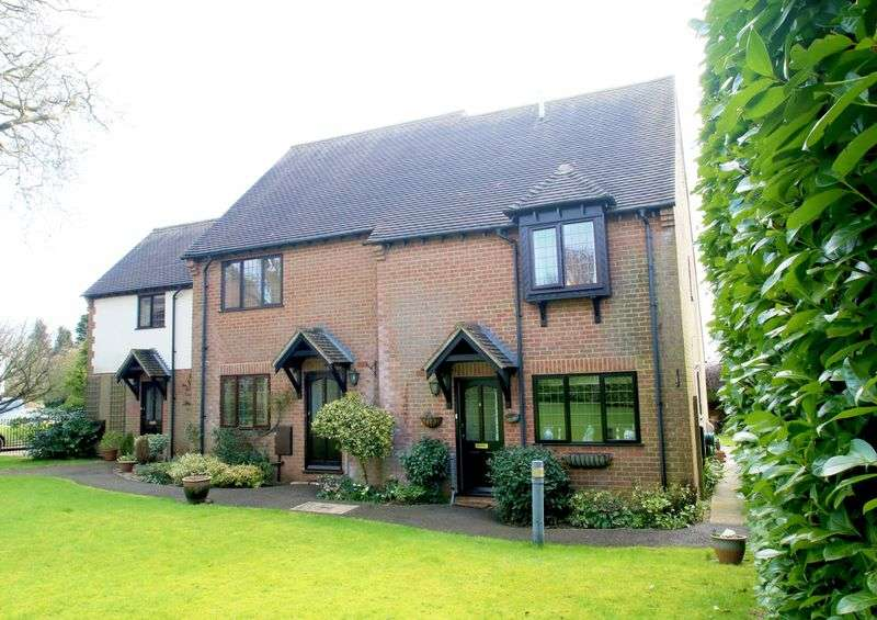3 Bedrooms Terraced House for sale in Long Crendon, Buckinghamshire