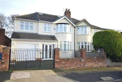 5 Bedrooms House for rent in Rosemont Road, Liverpool.