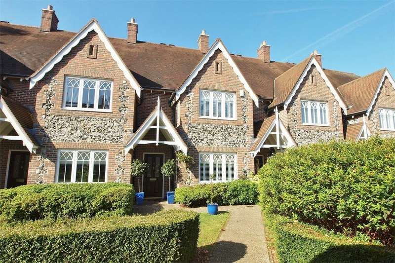 3 Bedrooms Terraced House for sale in Walled Garden Close, Langley Park, Beckenham