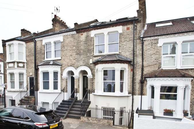 4 Bedrooms Terraced House for sale in Alkerden Road, Chiswick
