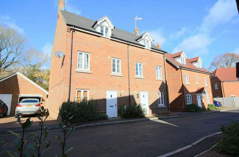 4 Bedrooms Semi Detached House for sale in Reeds Close, Hassocks