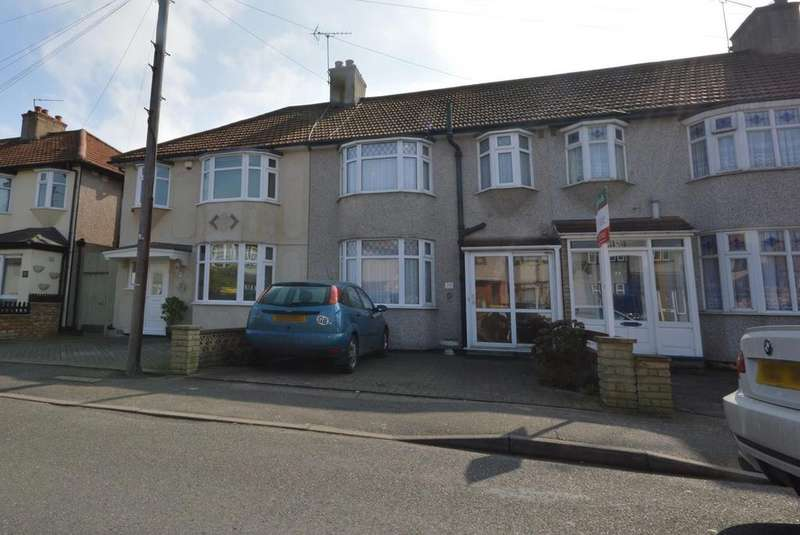 3 Bedrooms Semi Detached House for sale in Weald Way, Romford, RM7