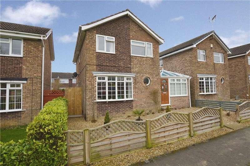 3 Bedrooms Detached House for sale in Durham Way, Harrogate, North Yorkshire