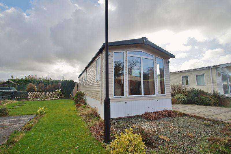 2 Bedrooms Park Home Mobile Home for sale in Shaw Hall Holiday Park, Scarisbrick