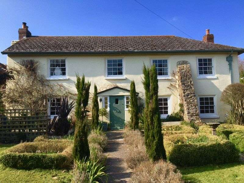 5 Bedrooms Detached House for sale in Whilborough, Nr. Torquay