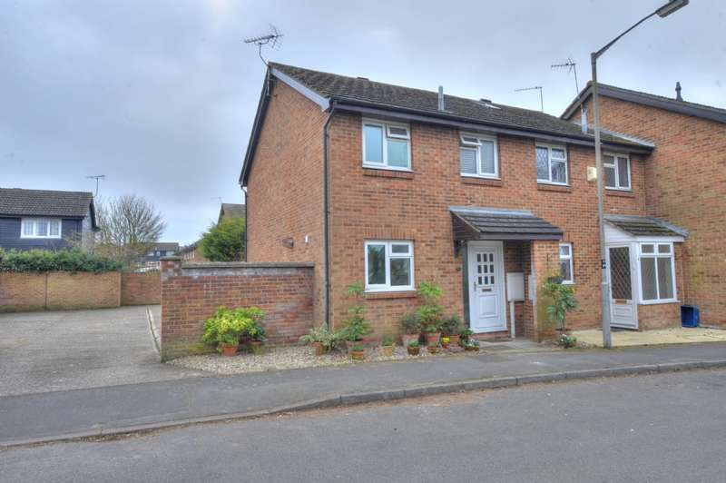 3 Bedrooms End Of Terrace House for sale in Priory Street, Newport Pagnell, Buckinghamshire