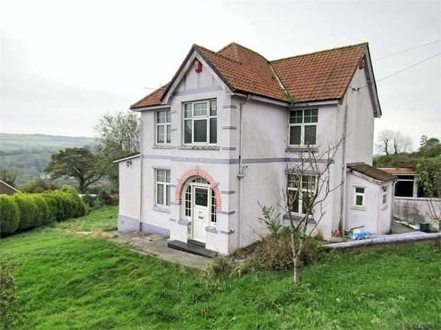 3 Bedrooms Detached House for sale in Heol Y Banc, Bancffosfelen, Llanelli, Carmarthenshire