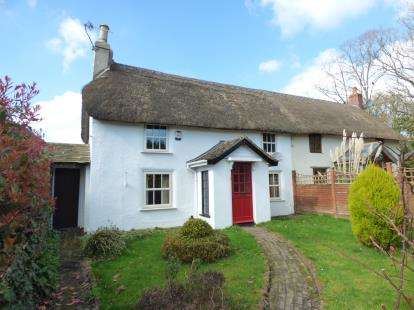 4 Bedrooms Semi Detached House for sale in Longham, Ferndown, Dorset