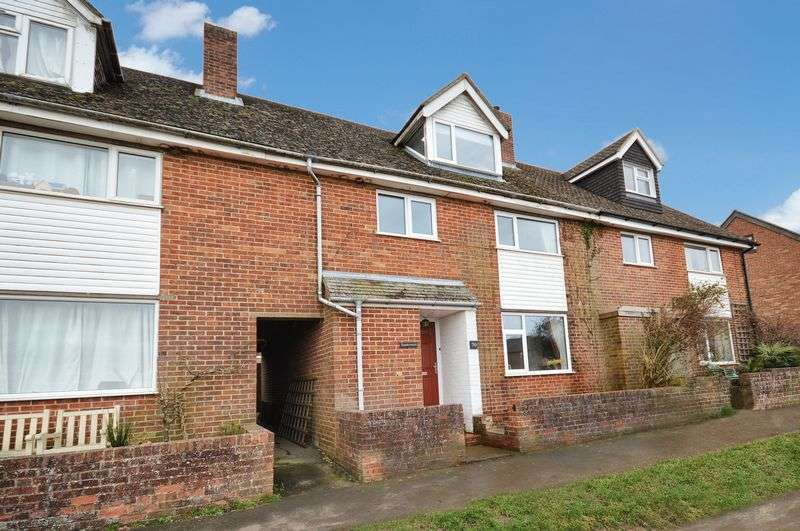 4 Bedrooms Terraced House for sale in Brill