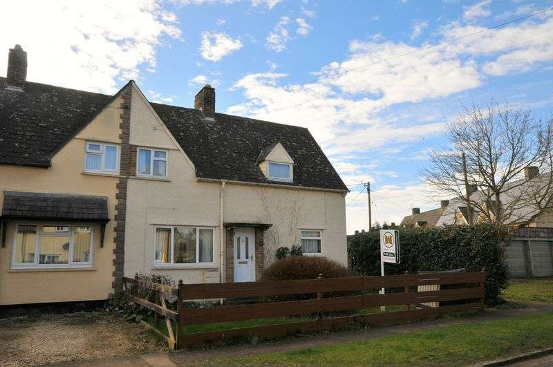 3 Bedrooms Semi Detached House for sale in Wytham View, Eynsham
