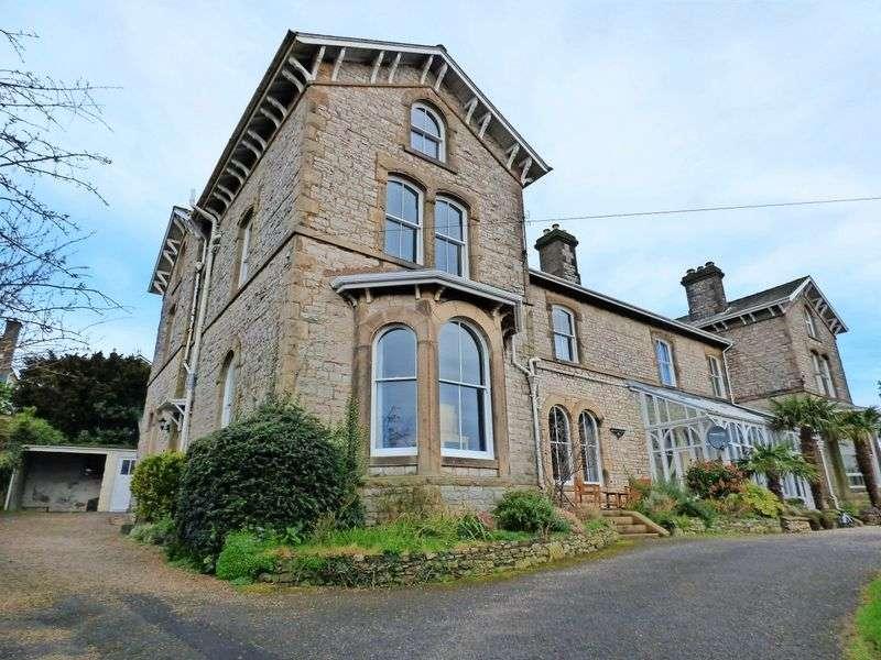 4 Bedrooms Property for sale in Kentsford Road, Grange-Over-Sands