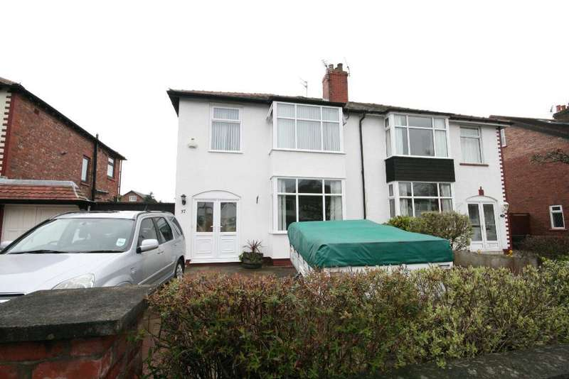 3 Bedrooms Semi Detached House for sale in Mallee Crescent, Churchtown, Southport, PR9 8NJ