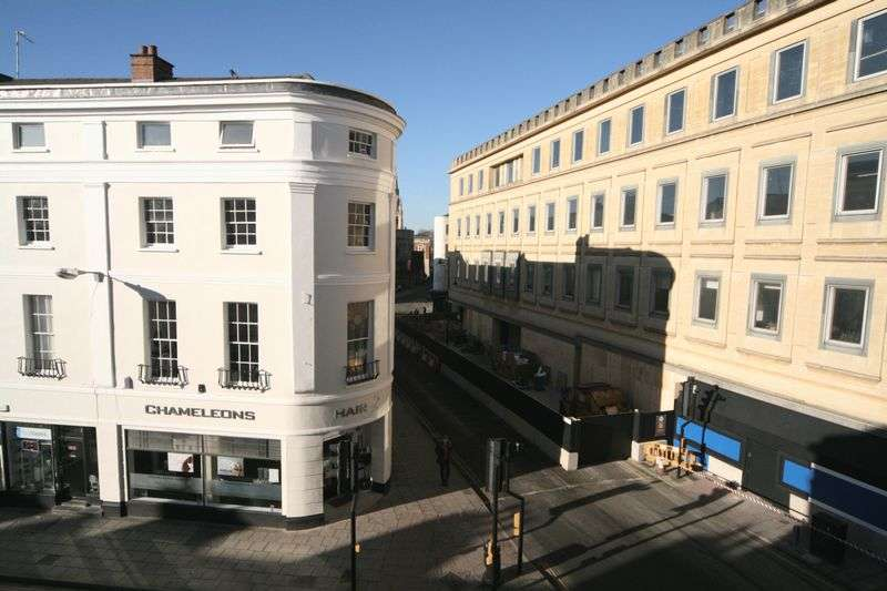 1 Bedroom Flat for sale in Clarence Street, Cheltenham