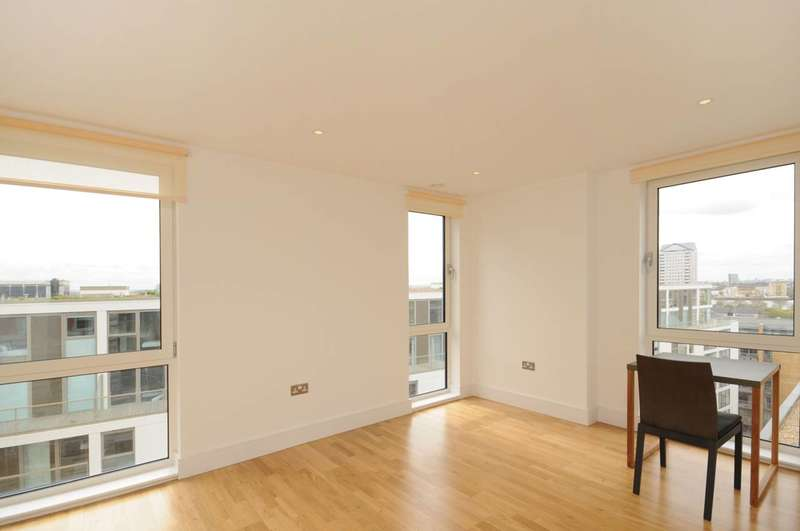 Studio Flat for sale in Indescon Court, Canary Wharf, E14