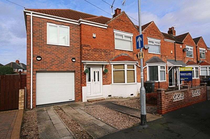 4 Bedrooms Terraced House for sale in Eastfield Road, Hull