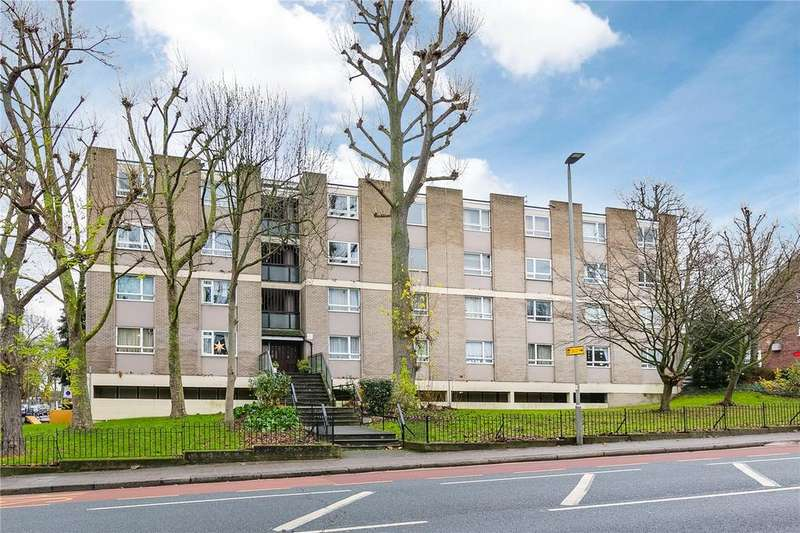 2 Bedrooms Flat for sale in Putney Hill, Putney, London