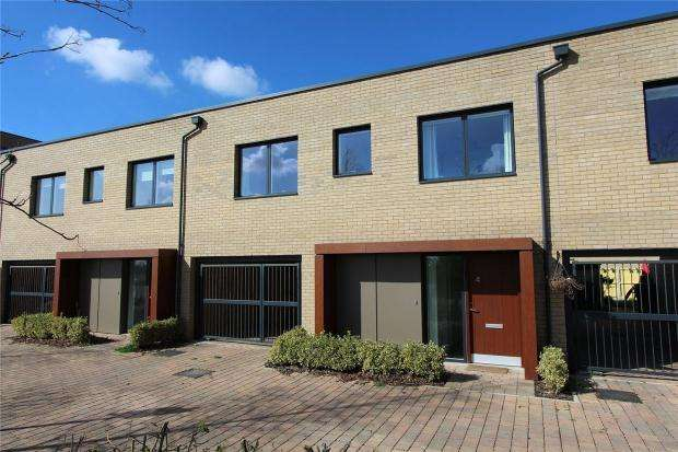 3 Bedrooms Terraced House for sale in St Michael Street, Trumpington, Cambridge