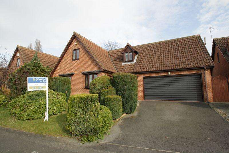 4 Bedrooms House for sale in Hallcroft Close, Billingham, Stockton, TS23 1QN
