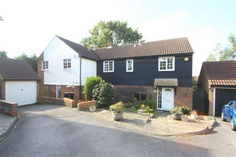 4 Bedrooms Semi Detached House for sale in Connaught Way, Billericay, Essex, CM12 0UN