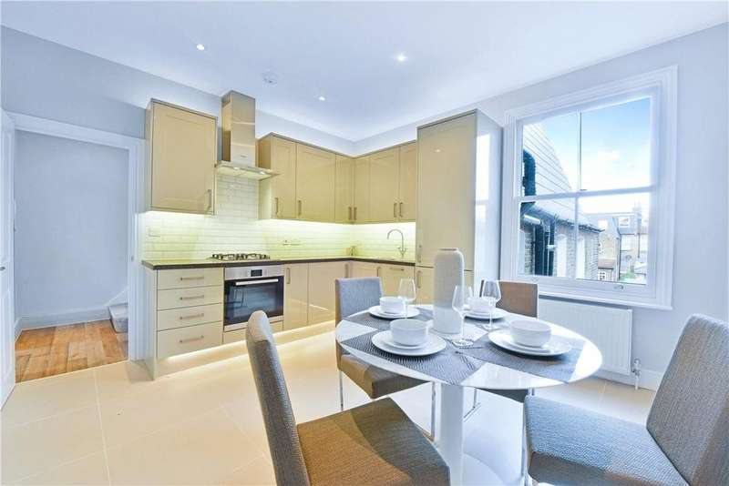 2 Bedrooms Maisonette Flat for sale in Harbord Street, London, SW6