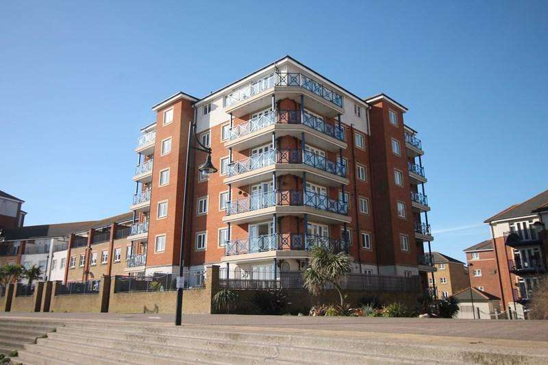 3 Bedrooms Apartment Flat for sale in San Juan Court, Eastbourne