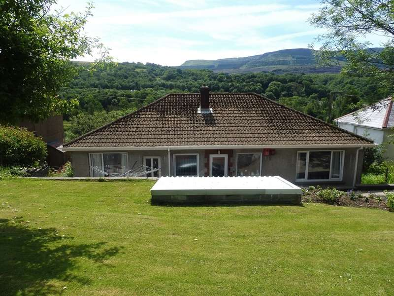 3 Bedrooms Detached Bungalow for sale in Pontneathvaugh Road, Pont Nedd Fechan, Neath