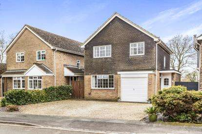 4 Bedrooms Detached House for sale in Rectory Close, Marsh Gibbon, Oxfordshire, Oxon