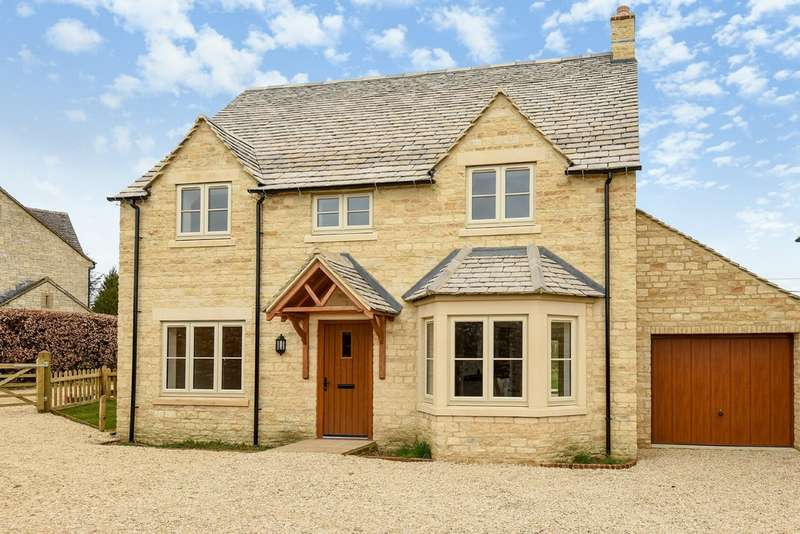 5 Bedrooms Detached House for sale in Chedworth