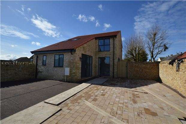 3 Bedrooms Detached House for sale in The Works, High Street, Hawkesbury Upton, BADMINTON, Gloucestershire, GL9 1AU