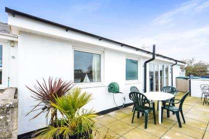 3 Bedrooms Bungalow for sale in Cae Du Estate, Abersoch, Gwynedd, LL53