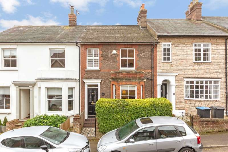 3 Bedrooms Terraced House for sale in Kitsbury Road, Berkhamsted