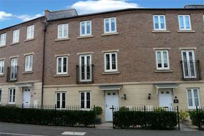 4 Bedrooms House for rent in Fleming Way, St Leonards, Exeter
