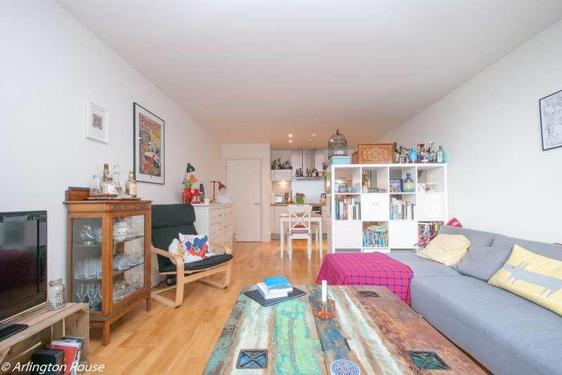 1 Bedroom Flat for sale in Highbury Stadium Square, Highbury, London N5