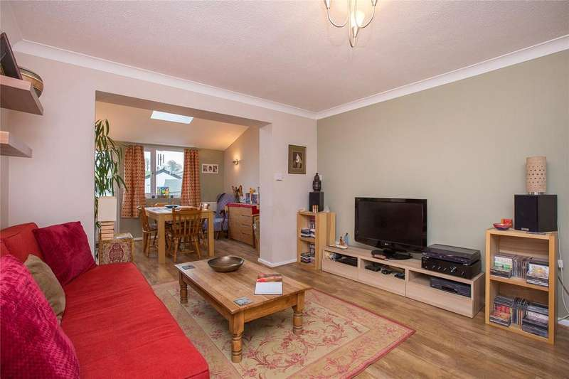 2 Bedrooms Terraced House for sale in Whiteley Avenue, Totnes, TQ9