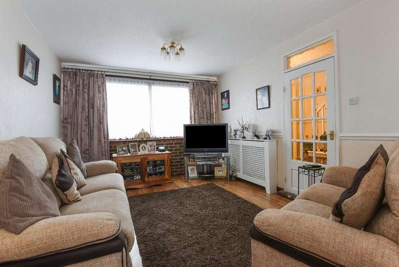 3 Bedrooms Terraced House for sale in Gavestone Road Lee SE12