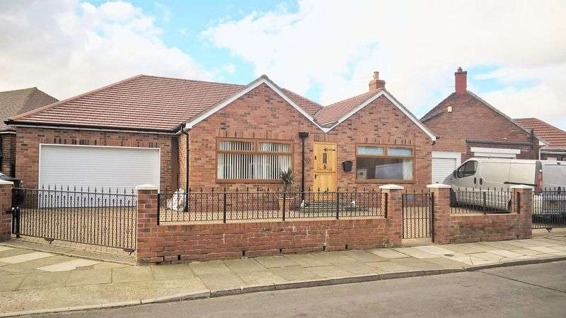2 Bedrooms Detached Bungalow for sale in Thirlmere Avenue, Marden Estate, North Shields