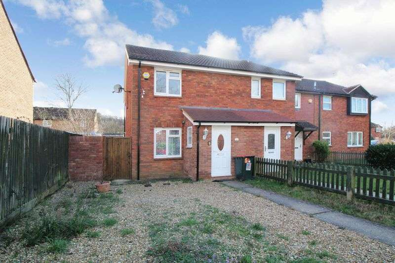 3 Bedrooms Terraced House for sale in St Brelades Road, Crawley