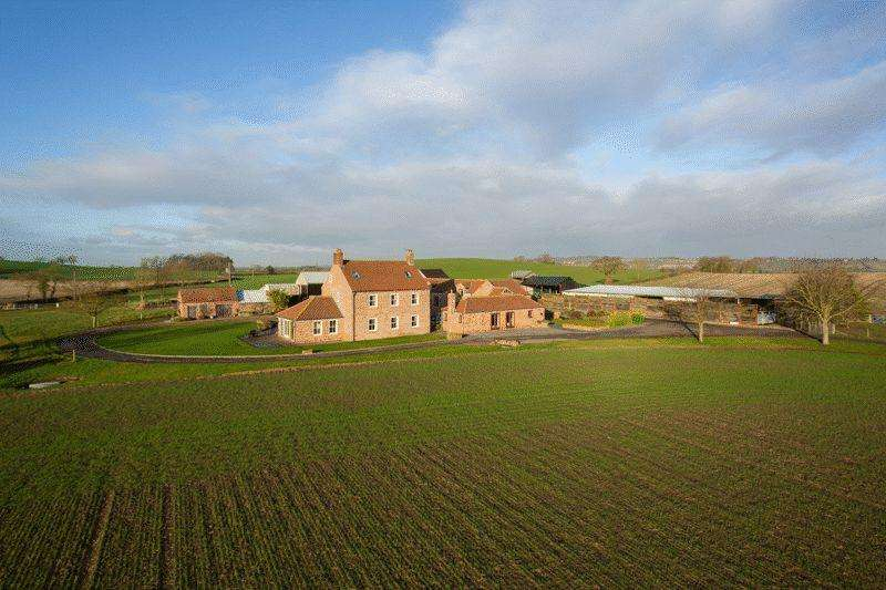 6 Bedrooms Detached House for sale in Dudley Hill Farm Dudley Barn, Whenby Lane, Sheriff Hutton, York YO60 6RU