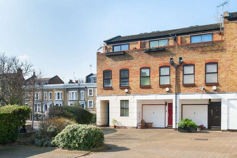 2 Bedrooms House for sale in Malmesbury Road, Bow, E3