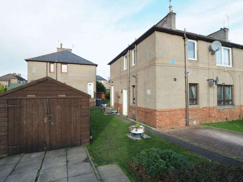 2 Bedrooms Flat for sale in 38 Millgate, Broxburn