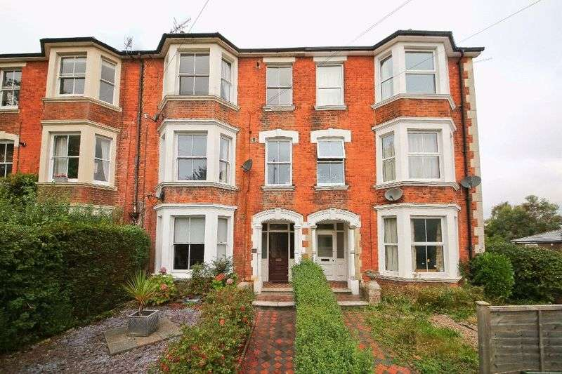 3 Bedrooms Flat for sale in St. Johns Road, Tunbridge Wells