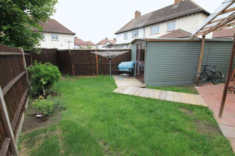 2 Bedrooms Semi Detached House for sale in Manaton Crescent, Southall