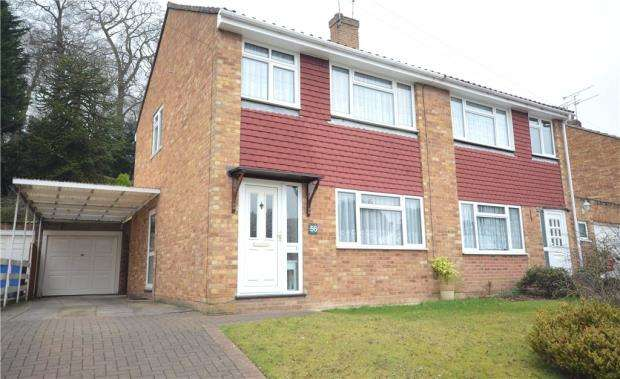 3 Bedrooms Semi Detached House for sale in Abbey Way, Farnborough, Hampshire