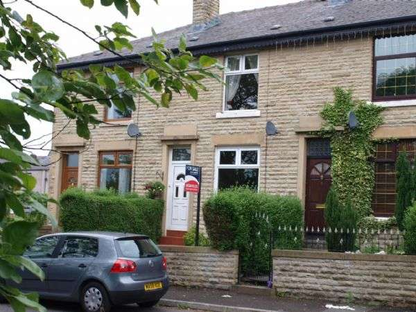 2 Bedrooms Terraced House for sale in Schofield Street, Rochdale.