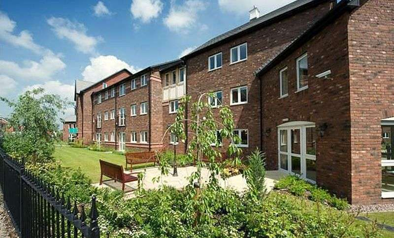 1 Bedroom Flat for sale in Beatty Court: **SERVICE CHARGE & GROUND RENT PAID FOR 12 MONTHS**