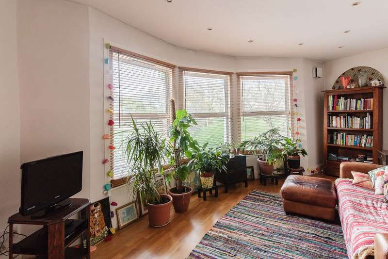 2 Bedrooms Flat for sale in Trundleys Road, London, SE8 5JE